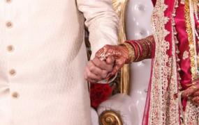 शादी में कोरोना: 100 से ज्यादा लोग संक्रमित, दूल्हे के पिता सहित कई पर मामला दर्ज