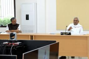 बिहार: मुख्यमंत्री नीतीश, उपमुख्यमंत्री सुशील मोदी ने कराई कोरोना जांच