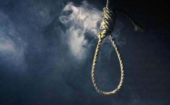 बिहार: पेड़ से लटकते मिले प्रेमी जोड़े के शव, प्रेम प्रसंग के चलते आत्महत्या की आशंका