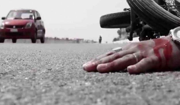 सतना: ट्रैक्टर की चपेट में आए मासूम की मौत, माता-पिता घायल