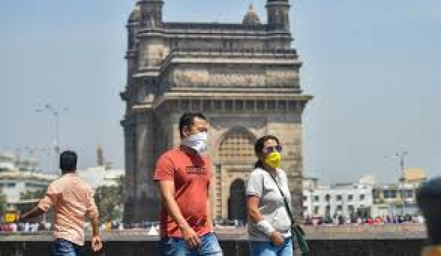 मुंबई में कम हो रहा कोरोना संक्रमण, बीएमसी अधिकारी का दावा