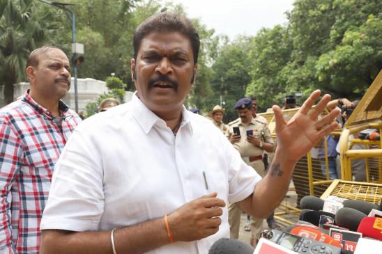 कर्नाटक के वन मंत्री हुए कोरोना पॉजिटिव