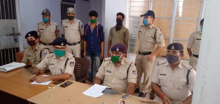 पत्नी के प्रेमी की हत्या कर रेलवे टै्रकपर फेंकी थी लाश, दो आरोपी गिरफ्तार