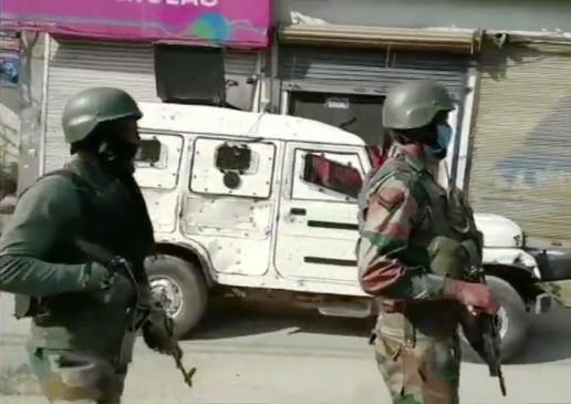 जम्मू कश्मीरः कुलगाम में मुठभेड़, सुरक्षाबलों ने एक आतंकी को मार गिराया