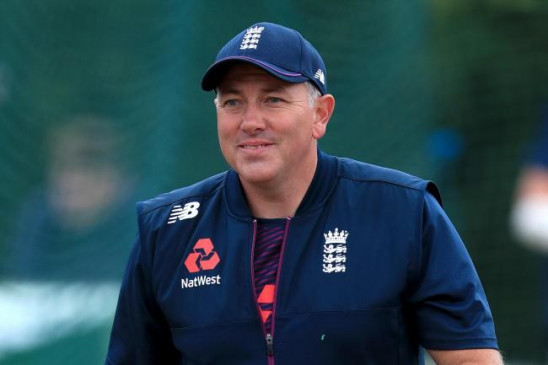 बयान: इंग्लैंड के मुख्य कोच सिल्वरवुड ने कहा- विंडीज के खिलाफ आखिरी टेस्ट में मजबूत आक्रमण के साथ उतरेगी टीम