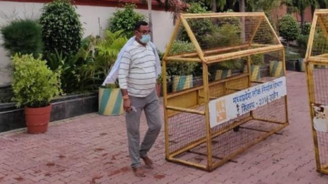 कानपुर कांड: 5 लाख इनामी 'विकास' ऐसे देता रहा पुलिस को चकमा, जानिए पूरा घटनाक्रम