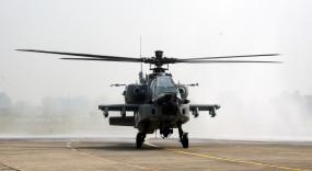 इंडियन एयरफोर्स को बोइंग से मिले 5 अपाचे लड़ाकू हेलीकॉप्टर