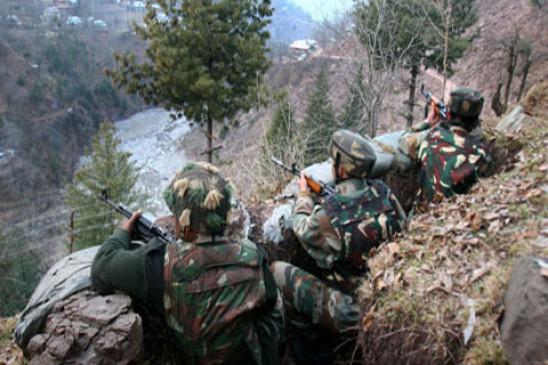 जम्मू-कश्मीरः केरन सेक्टर में घुसपैठ कर रहे आतंकियों से मुठभेड़, एक आतंकी ढेर