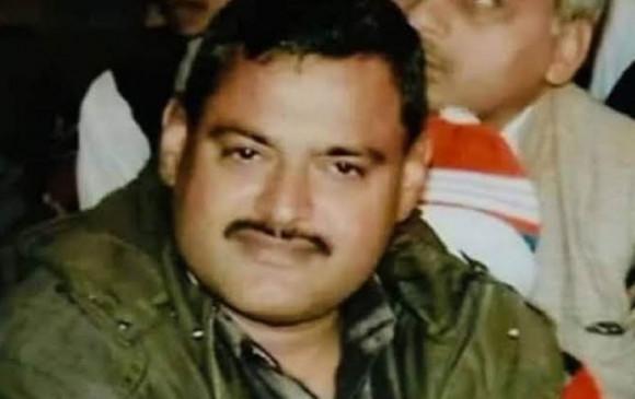 कानपुर: राज्यमंत्री संतोष शुक्ला ही नहीं, थाने में कई पुलिसकर्मी की हत्या भी कर चुका है विकास