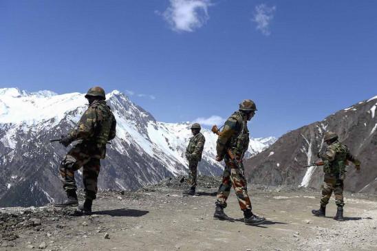 Ladakh: भारत-चीन के बीच कोर कमांडर स्तरीय बैठक आज, सेना के पीछे हटने के दूसरे चरण पर की जाएगी चर्चा