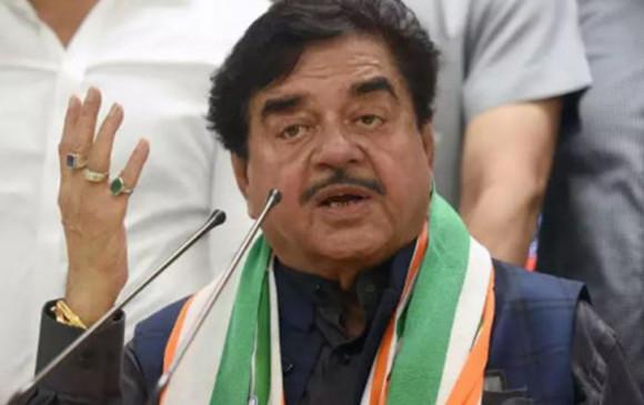 Politics: शत्रुघ्न सिन्हा का तंज- 'महाराज, नाराज, शिवराज' तीन खेमों में बंटी मप्र बीजेपी