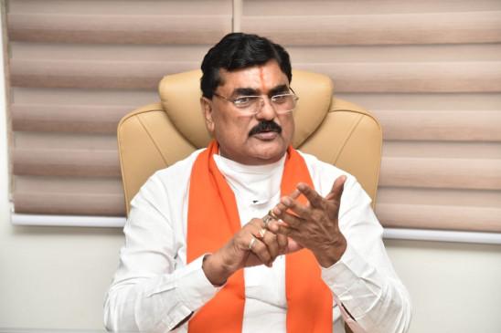 कांग्रेस के कई विधायक भाजपा के संपर्क में : मप्र के मंत्री