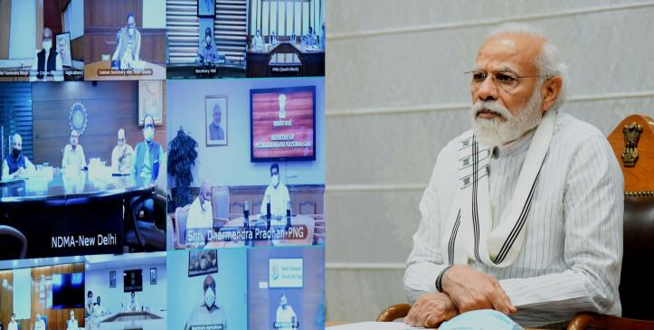 मोदी ने असम के मुख्यमंत्री से फोन पर बाढ़, कोरोना के हालात का जायजा लिया