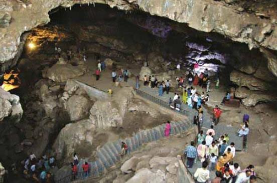 अजब-गजब: भगवान शंकर की वो रहस्यमयी गुफा, जिसमें छुपा है कलयुग के अंत का रहस्य