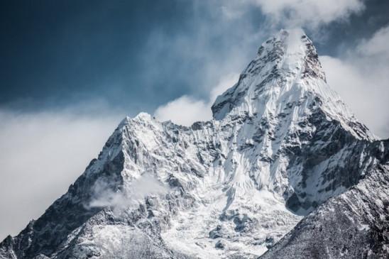 नेपाल: करीब 5 महीने बाद खुला माउंट एवरेस्ट, पर्वतारोहण के लिए कुल 414 शिखर खोले गए
