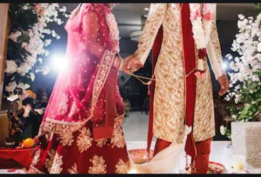 प्रेम विवाह करने वाले नवविवाहित जोड़े ने लगाई सुरक्षा की गुहार