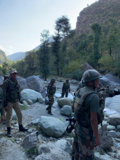 पाकिस्तान ने नियंत्रण रेखा पर फिर संघर्ष विराम का उल्लंघन किया