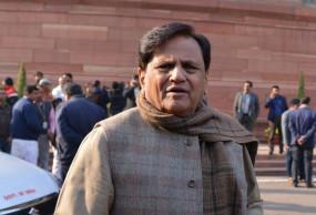 राजस्थान के राज्यपाल पेश कर रहे खतरनाक मिसाल : अहमद पटेल