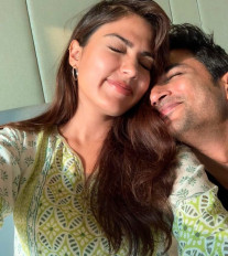 सुशांत मामले में रिया ने जांच मुंबई ट्रांसफर करने के लिए सुप्रीम कोर्ट का रुख किया
