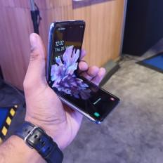 सैमसंग ने गैलेक्सी जेड फ्लिप स्मार्टफोन पर 7 हजार रुपये की कटौती की