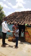 घर पर बजेगी स्कूल की घंटी - जिले के एक लाख, 33 हजार विद्यार्थियों को पाठ्य पुस्तकों का वितरण शुरू