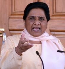 दलितों का बसाने का ढिंढोरा पिटती है शिवराज सरकार : मायावती