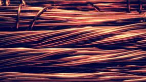औद्योगिक धातुओं में जोरदार तेजी, 6 महीने के ऊंचे स्तर पर तांबा