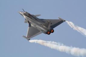 Air Force: राफेल को जल्द से जल्द मोर्चे पर उतारने की तैयारी, एयरफोर्स की दो दिवसीय कॉन्फ्रेंस में बनेगी रणनीति