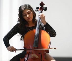 तुलसी ने अपने नए गाने नाम के लिए सीखा सेलो और कंटम्प्ररी डांस