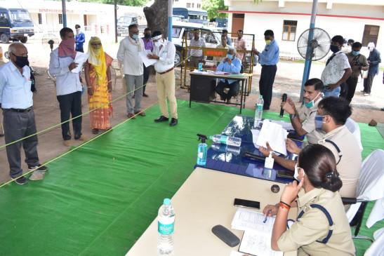 चिटफंड कम्पनियों द्वारा ठगी के मामलों में पुलिस के शिविर में पहुंची 2 सौ से अधिक शिकायतें