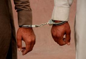 मथुरा: प्रसाद के लिए दोबारा लाइन में लगे दो बच्चों की रस्सी से बांधकर पिटाई, आरोपी गिरफ्तार