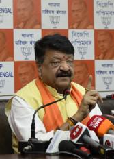 बीजेपी सांसद अर्जुन सिंह का एनकाउंटर करना चाहती है पश्चिम बंगाल पुलिस: विजयवर्गीय