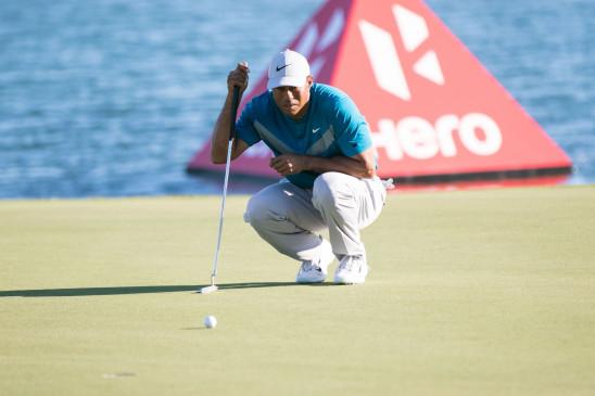 Golf: अमेरिका के गोल्फ स्टार टाइगर वुड्स पीठ की समस्या को पीछे छोड़ लय में लौटे