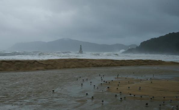 दक्षिण कोरिया में भारी वर्षा के कारण 13 लोगों की मौत