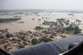 उप्र के 16 जिले बाढ़ की चपेट में, कई गांवों का संपर्क मार्ग डूबा