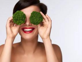 Health: अगर इन सात फूड्स को आपने डाइट में शामिल कर लिया तो, कभी नहीं होगी आंखों की बीमारी