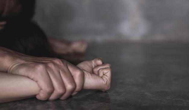 यूपी में एक और हैवानियत: गोरखपुर में रेप के बाद दरिंदों ने सिगरेट से जलाया शरीर, लखीमपुर मामले में आरोपी गिरफ्तार