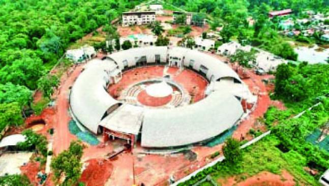 चंद्रपुर में एशिया का सबसे बड़ा बांस रिसर्च सेंटर, 1000 महिलाएं 76 प्रोडक्ट बना रहीं