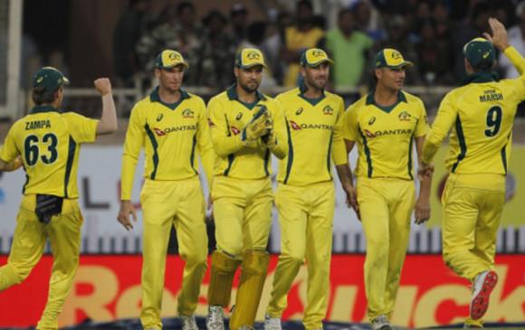 आस्ट्रेलिया ने इंग्लैंड दौरे पर खिलाड़ियों के पसीने के इस्तेमाल पर लगाया रोक