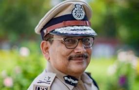 बिहार : बीएमसी के आईपीएस अधिकारी को छोड़ने से इनकार पर डीजीपी बोले, कोर्ट जाएंगे