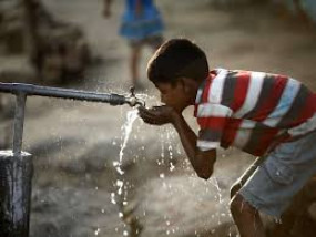 बिजली बिल का विरोध कर रही भाजपा पानी करेगी महंगा, आयुक्त मुंढे के बंगले के सामने डटे आंदोलनकारी