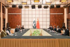 चीन स्वतंत्र रूप से विकास मार्ग चुनने के लिए पाकिस्तान का समर्थन करेगा