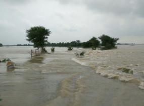बिहार में बाढ़ से मरने वालों की संख्या बढ़कर 19 हुई, 16 जिलों के 63 लाख से अधिक लोग प्रभावित