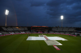 ENG VS PAK: पहला टी-20 मैच बारिश के कारण रद्द, इंग्लैंड ने पहले बल्लेबाजी करते हुए 6 विकेट पर 131 रन बनाए