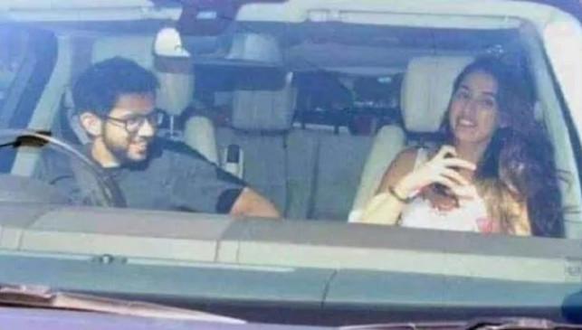 Fake News: आदित्य ठाकरे और रिया चक्रवर्ती का फोटो वायरल, जानें क्या है सच