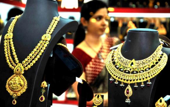 सोना 50,000 रुपये प्रति 10 ग्राम से नीचे, चांदी भी टूटी