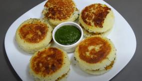 Idli Sandwich: कम तेल में बना सुपर टेस्टी इडली सैंडविच, जानें रेसिपी