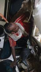 दो ट्रको की भिड़ंत मे चालक केबिन मे फंसा 4 घंटे की कड़ी मशक्कत से बाहर निकाला गया