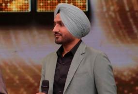 IPL-13 : चेन्नई सुपर किंग्स के साथ शुक्रवार को दुबई नहीं जाएंगे हरभजन
