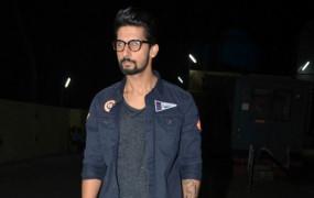 टीवी कलाकारों के लिए बॉलीवुड में जगह बनाना आसान नहीं है: रवि दुबे